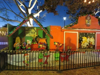dbsgymhairandscrooge starthebucks - Snoopy House Christmas